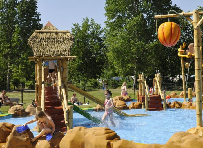 RCN Vakantiepark Zeewolde - Zeewolde - BungalowSpecials